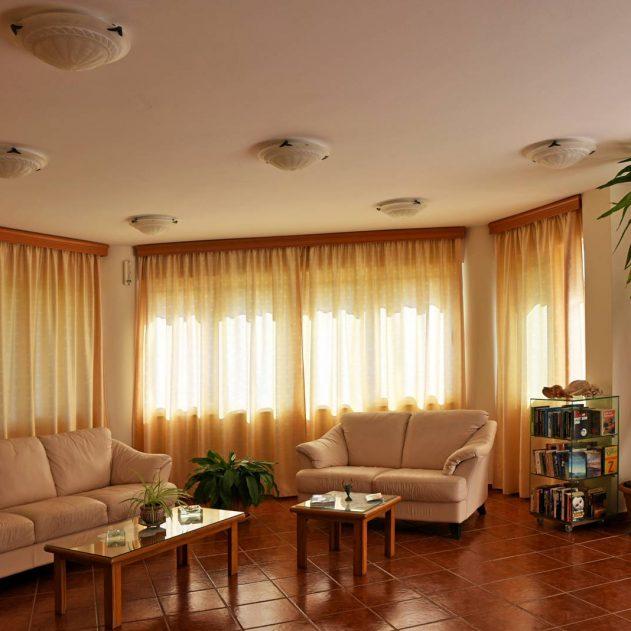 chania-crete-iolkos-hotel-rooms-accomondation-2